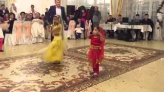 Индиискии танец хатуба(, 2015-12-27T18:14:49.000Z)