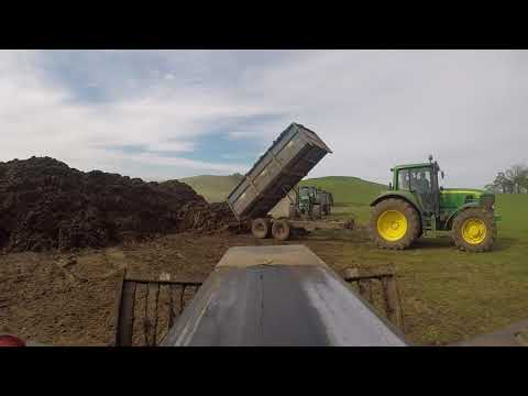 Ednam young farmers muck out 2018