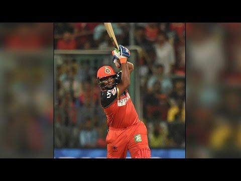 Sarfaraz Khan smashes 28 runs (4.4.4.6.4.4) in Bhuvneshwar Kumar's over