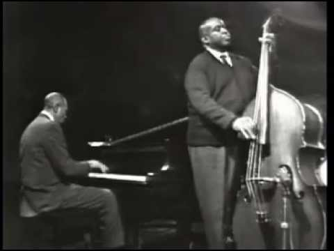 Willie Dixon  - Awesome Bass Playing