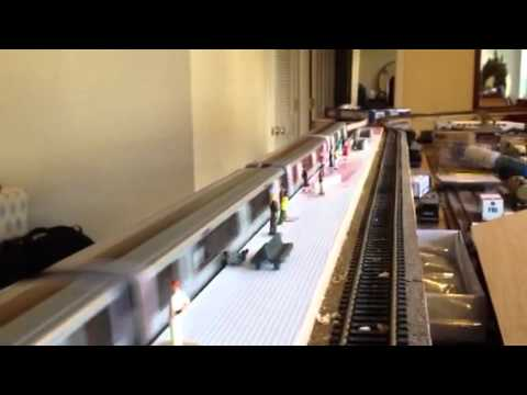 Testing a 4 Car HO Scale Washington DC Metro Train DC