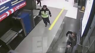 Шоу Бенни Хилла. Погоня в Казанском аэропорту