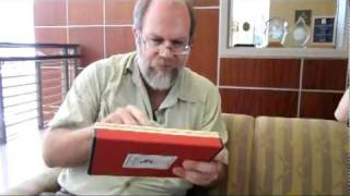 Theo Gray demonstrates his Element iPad ap -- and debuts the Japanese version of the Elements song