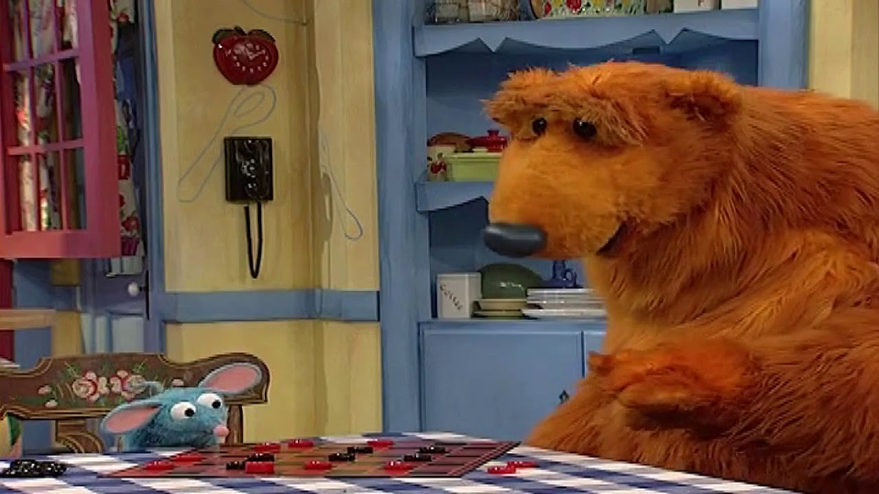 Bear in the Big Blue House - Tutter wins a game of ...