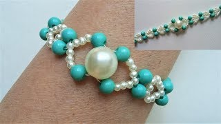 Easy beaded bracelet tutorial. Perfect gift idea