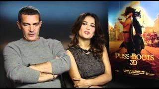 Salma Hayek & Antonio Banderas - Fun Puss In Boots Interview