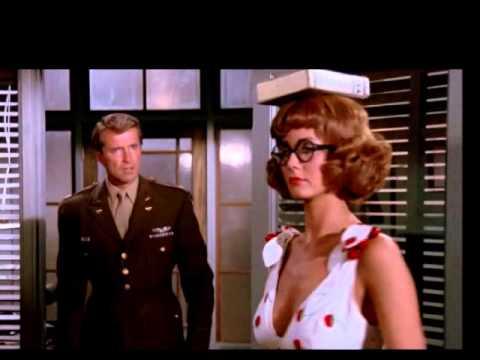 Wonder Woman  Beauty on Parade Clueless Steve