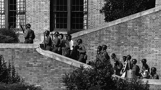 The Remarkable Story of the Battle to Integrate Little Rock