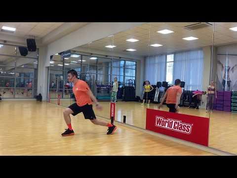 Владимир Катаев ведет тренировку в World Class Саратов