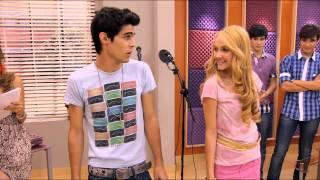 Seriál Violetta na Disney Channel - Ludmila a Tomás zpívají na hodině Angie (Epizoda 20) thumbnail