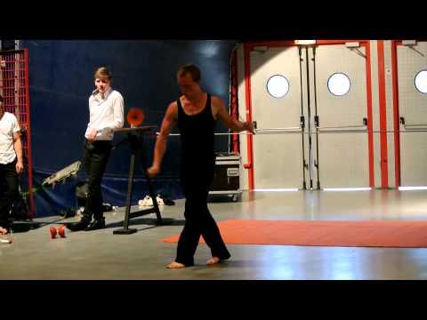 Paris Acrobats Show.MOV