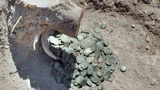 Duvar İçinde  Define Fışkırdı - Treasure Found In Wall