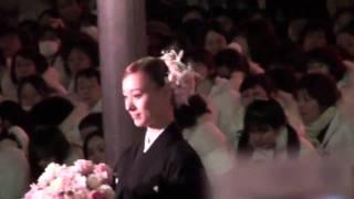 2009年12月27日東京宝塚劇場月組千秋楽、羽桜しずくさんの出待ちです。