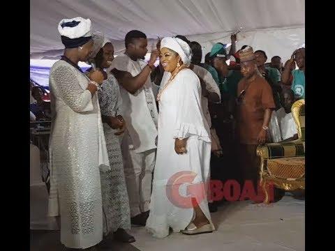 Iyalaje Of Nigeria Women, Princess Toyin Kolade Show Off Her Dance Move At Ooni Of Ife Palace