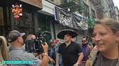 Andy Ruiz Walks In New York to get Some NYC Pizza with the fans.
