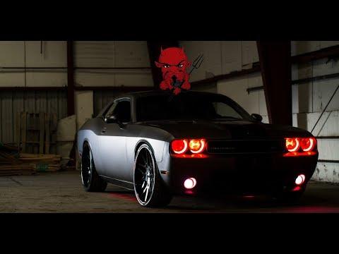 Dodge Challenger SRT8    Music Deep In The Night   