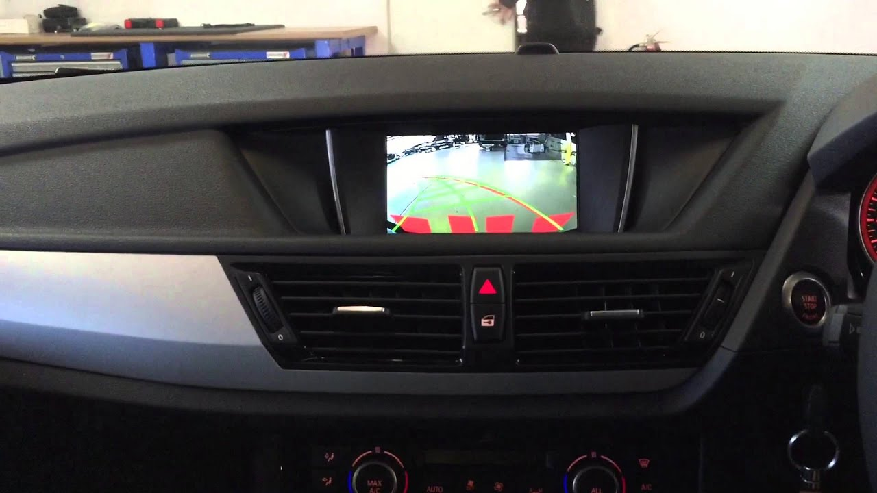 2014 bmw x1 integrated rear view camera with dynamic. Black Bedroom Furniture Sets. Home Design Ideas