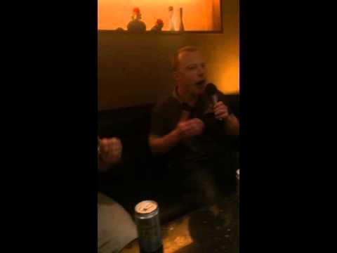 Taipei Karaoke - Britney Spears