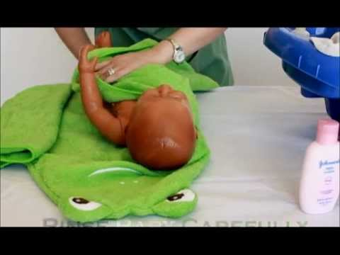 Instructional Videos for New Moms - Bathing Your Baby