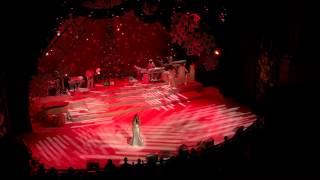 Mariah Carey - Christmas (Baby Please Come Home) - Live at The Beacon Theater - 2014