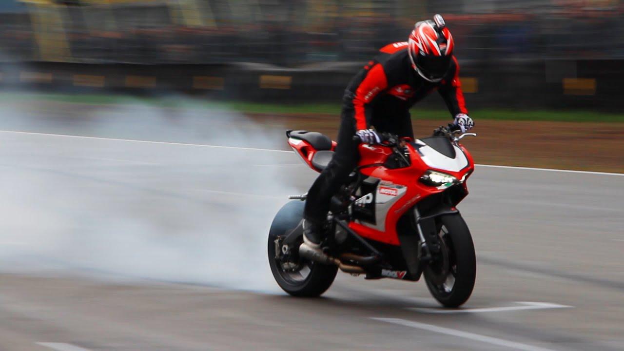 Ducati 899 P... Ducati Youtube