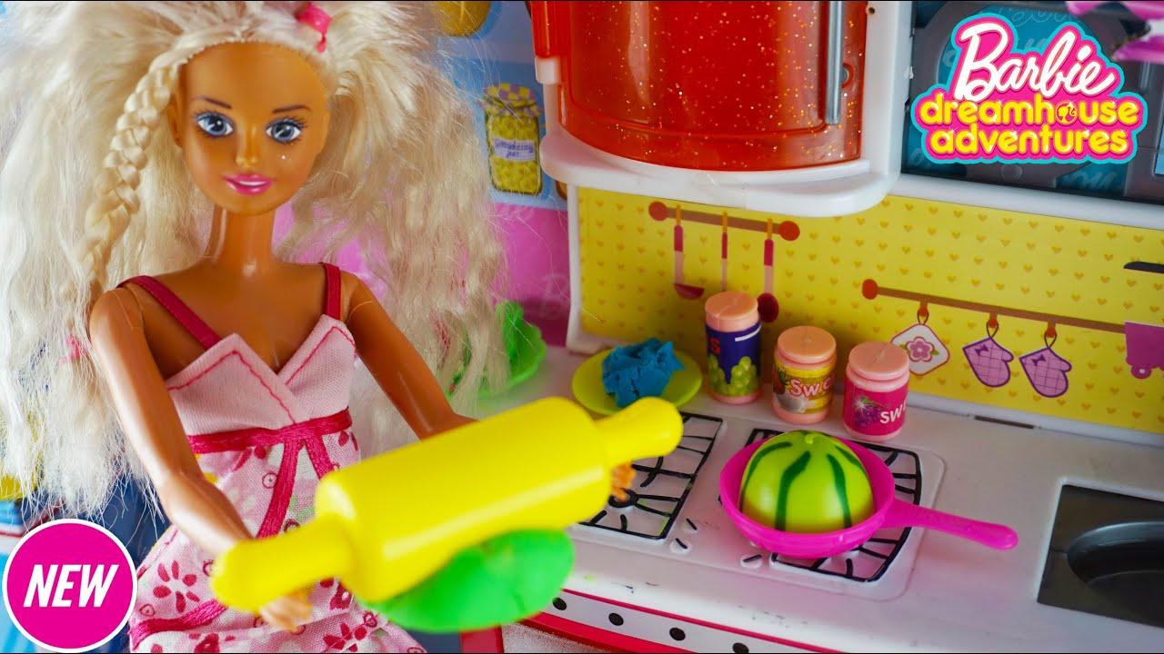 Barbie Gadis Play Doh Masak Masakan Barbie Mainan Mainan Anak Youtube