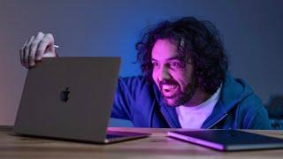 První unboxing a test MacBook Pro &Air. Oni fakt nekecali! 😯 [4K]