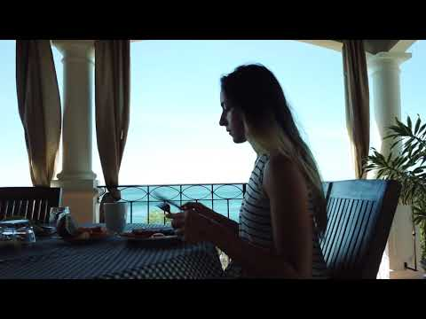 Luxury Ocean Front Tuscan Villa (NEW)