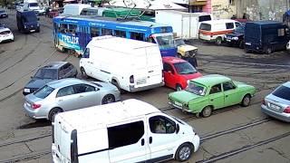 """Типичная """"ЯжеМать"""" припарковала маленькое """"авто-пони"""". Одесса, ул. Преображенская / """"Привоз"""""""