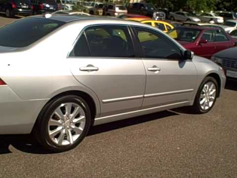2006 Honda Accord $17669