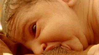 Breast Crawl - Iniciación de la Lactancia Materna - Español thumbnail