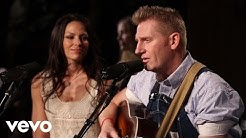 Joey+Rory - The Preacher And The Stranger (Live)