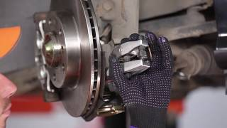 Replacing Wheel Hub on BMW 3 SERIES: workshop manual