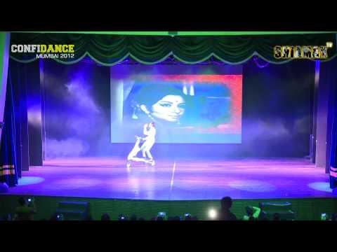 Old Hindi Medley - Shiamak Confidance Show - Mumbai 2012