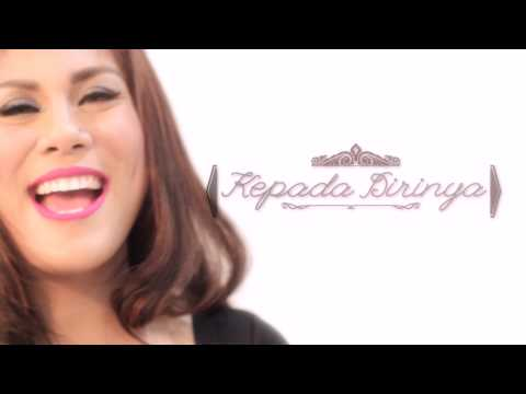 Regina - Aku Jatuh Cinta ( Official Lyric Video )