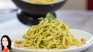 Creamy Avocado Cashew Pesto Pasta - NO OIL RECIPE!