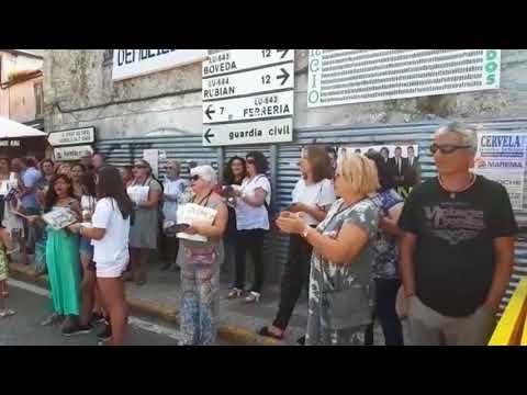 Concentración no Incio para pedir a restauración inmediata da Casona