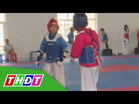 Tìm hiểu quá trình tập luyện VĐV nữ Taekwondo tại Trung tâm Huấn luyện thể thao QG Cần Thơ   THDT