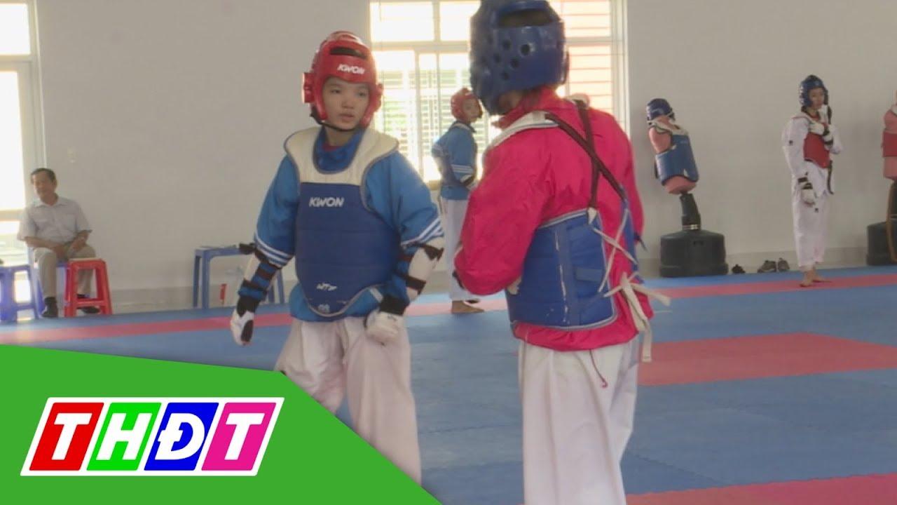 Tìm hiểu quá trình tập luyện VĐV nữ Taekwondo tại Trung tâm Huấn luyện thể thao QG Cần Thơ | THDT