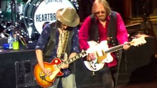 Tom Petty & the Heartbreakers - Refugee (live) 7-18-2017 Detroit, MI