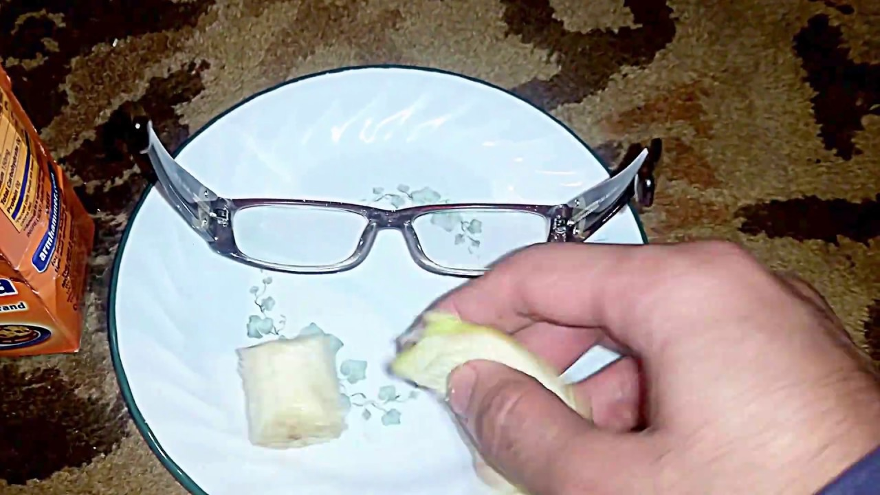 removing scratches from eyeglasses with banana baking soda youtube. Black Bedroom Furniture Sets. Home Design Ideas