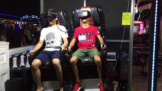 виртуальная реальность VR мальчики выбрали комнату страха 15 августа 2018 г