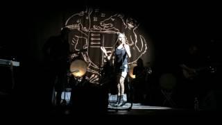 PJ Harvey - In The Dark Places (Gasometer Wien 10.8.2017)