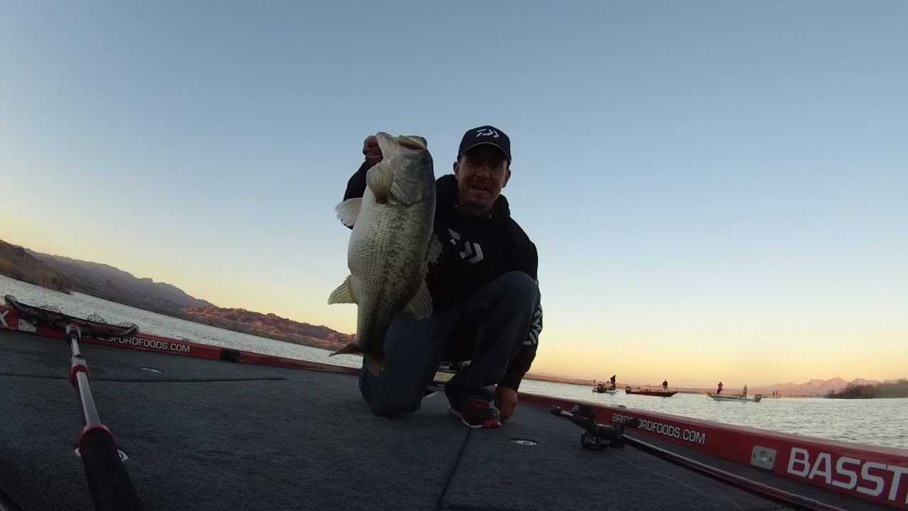 Joe uribe jr 39 s amazing final day of fishing on lake for Jrs upper red lake fishing report