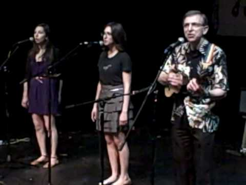 "'Frankie and Johnny"" by Doctor Uke and Daughters at NY Uke Fest 2010"