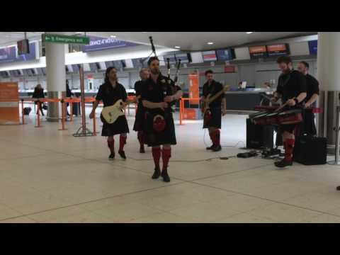 Red Hot Chilli Pipers Ac/Dc Thunderstruck