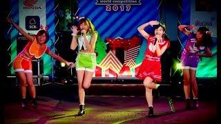 """Wakuri"" cover ""Otona Jellybeans+Max Toki 315go+Triangle Dreamer"" @ ""Siam Street 2017"""