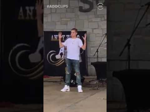 Download Youtube: Backpack kid dancing rolex