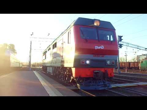 Прибытие и отправление скорого поезда №049Ч Кисловодск - Санкт-Петербург на/со станции Елец.