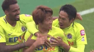 2017年11月18日(土)に行われた明治安田生命J1リーグ 第32節 神戸vs...